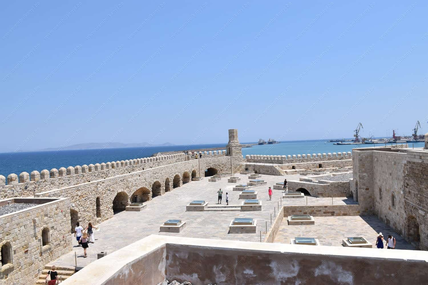 A Visit To The Venetian Fortress of Koules, Heraklion