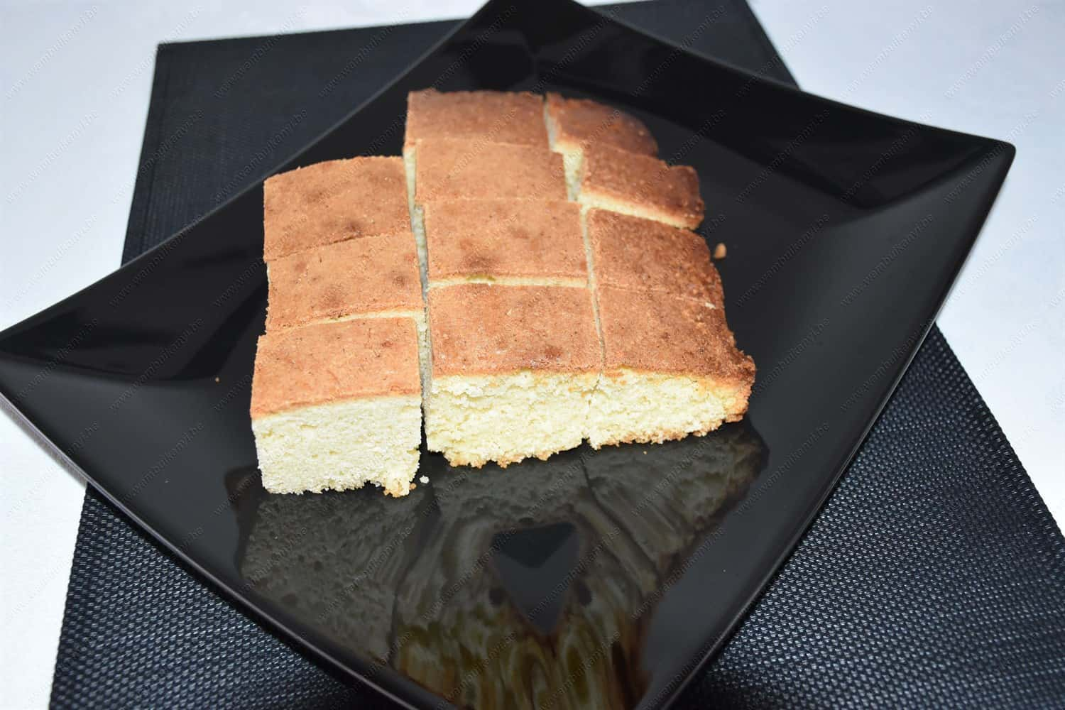 The Best Tasty Vanilla Cake Recipe